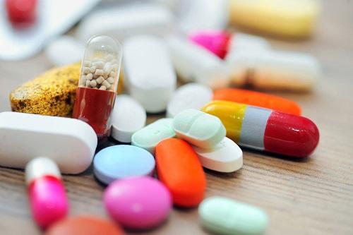 Chảy máu chân răng uống thuốc gì? 3