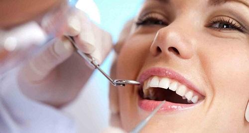Bị viêm lợi trùm răng khôn phải làm sao? 2
