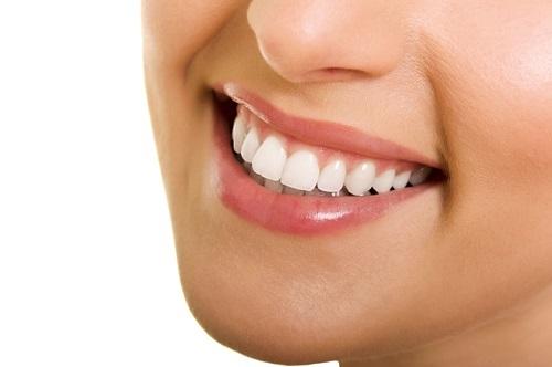Trồng răng có nhanh không? Phụ thuộc các yếu tố nào? 2